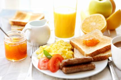 How to Lose Weight Naturally: The Breakfast, Lunch And Dinner Diet