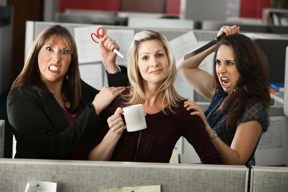 How to Deal With Workplace Backstabbers - Gildshire