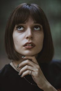 Should I Get Bangs? Exploring Different Styles