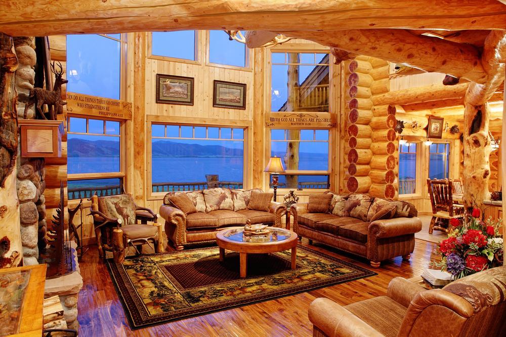 Why You Should Consider Log Cabin Living - Gildshire