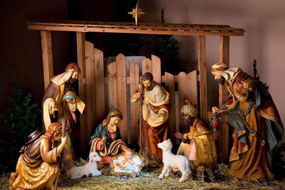 Celebrating Jesus\' Birth - Christmas Joy and Mysteries - Gildshire