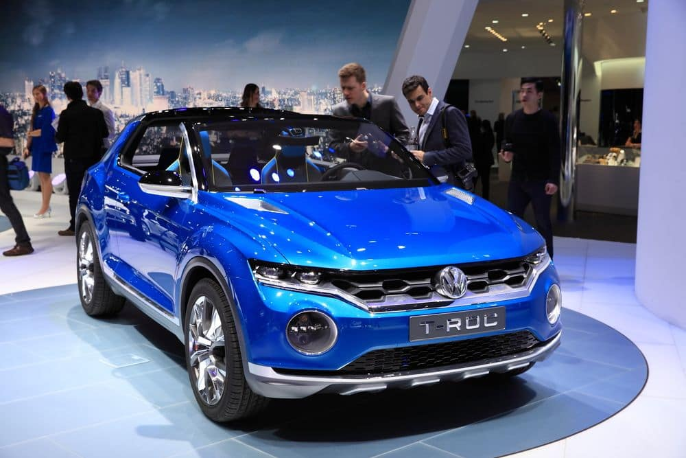 volkswagen to introduce the t roc crossover to u s drivers gildshire. Black Bedroom Furniture Sets. Home Design Ideas