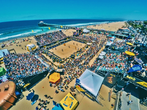 A look at some of the action from the 2016 AVP Gold Series/Manhattan Beach Open.