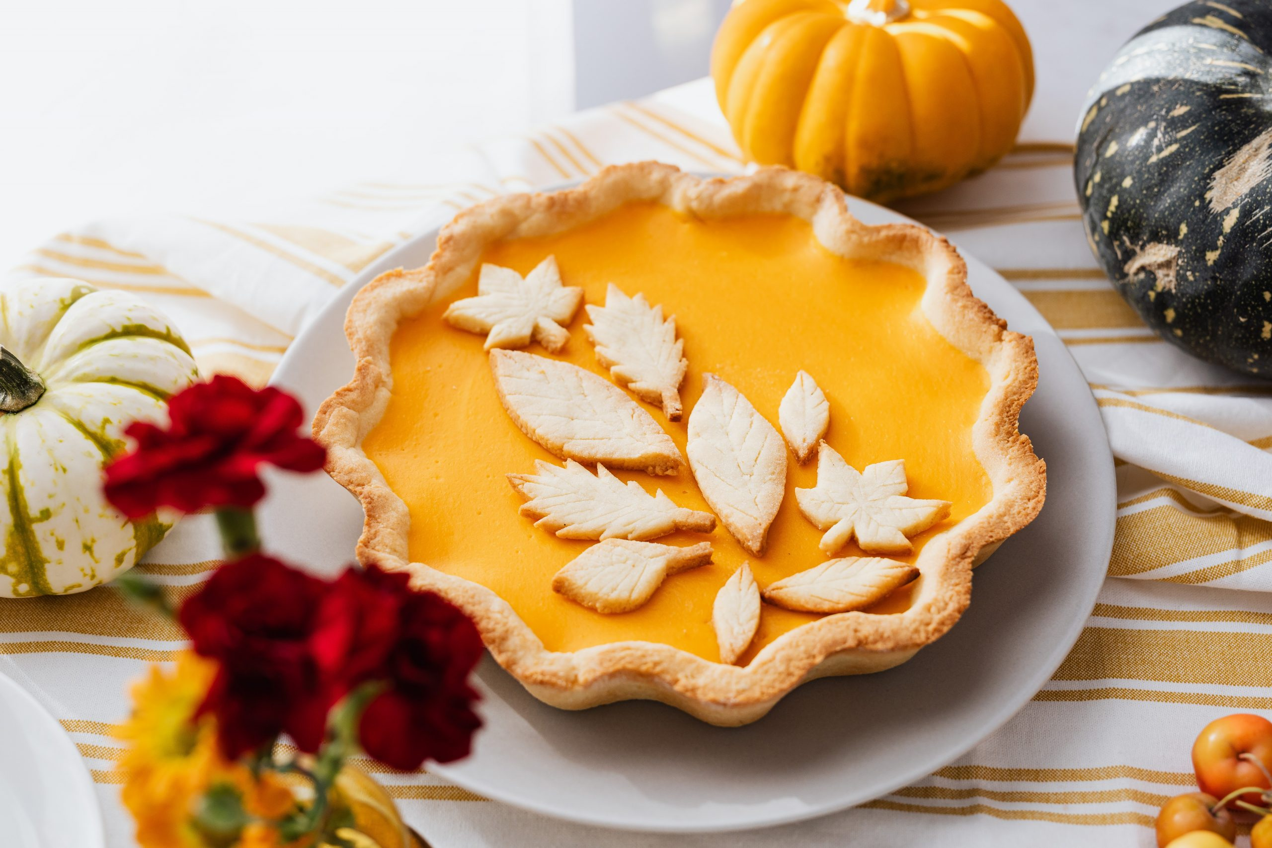 The Uniquely American Tradition of Pumpkin Pie - Gildshire