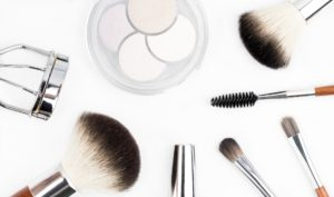 How To Look Your Best: Learn what makeup works best for you