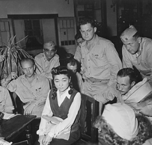 """""""Tokyo Rose"""" interviewed by American journalists"""