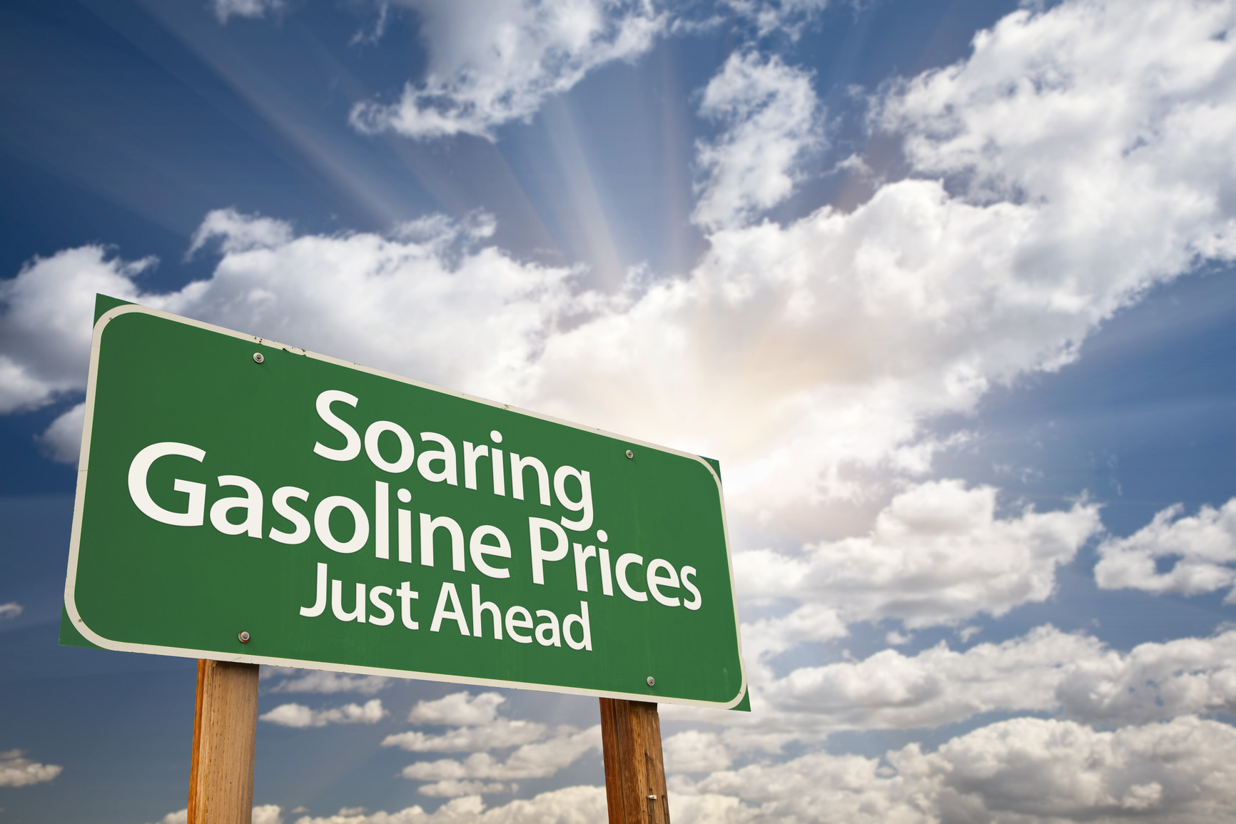 photodune-286586-soaring-gasoline-prices-green-road-sign-and-clouds-m.jpg (1732×1155)