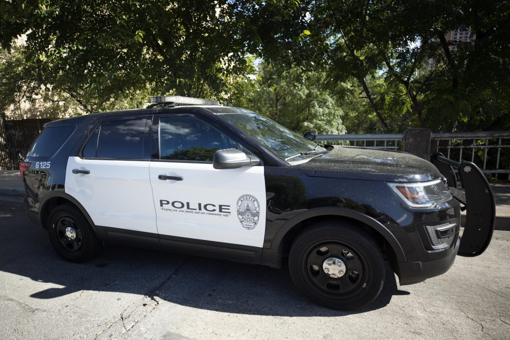 Austin police Ford Explorer. A dying breed of cop car.