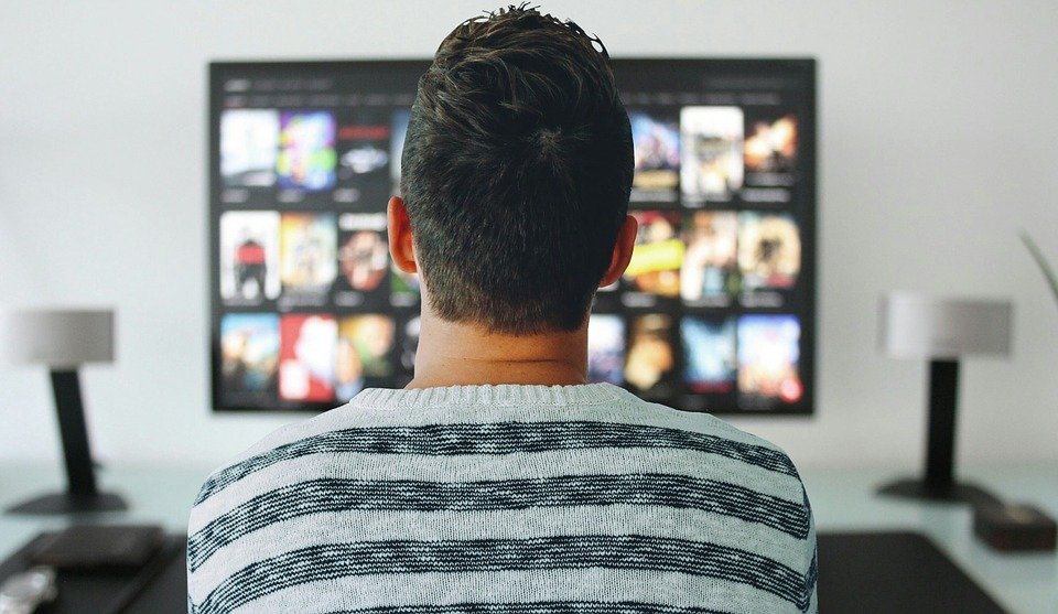 What Happens to Your Brain When You Binge-Watch?