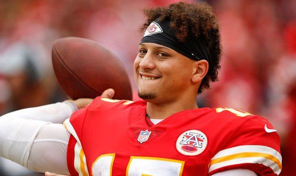 """Kansas City Chiefs' QB Patrick Mahomes is a major reason his team gets an """"A"""" on the NFL quarterly report card."""