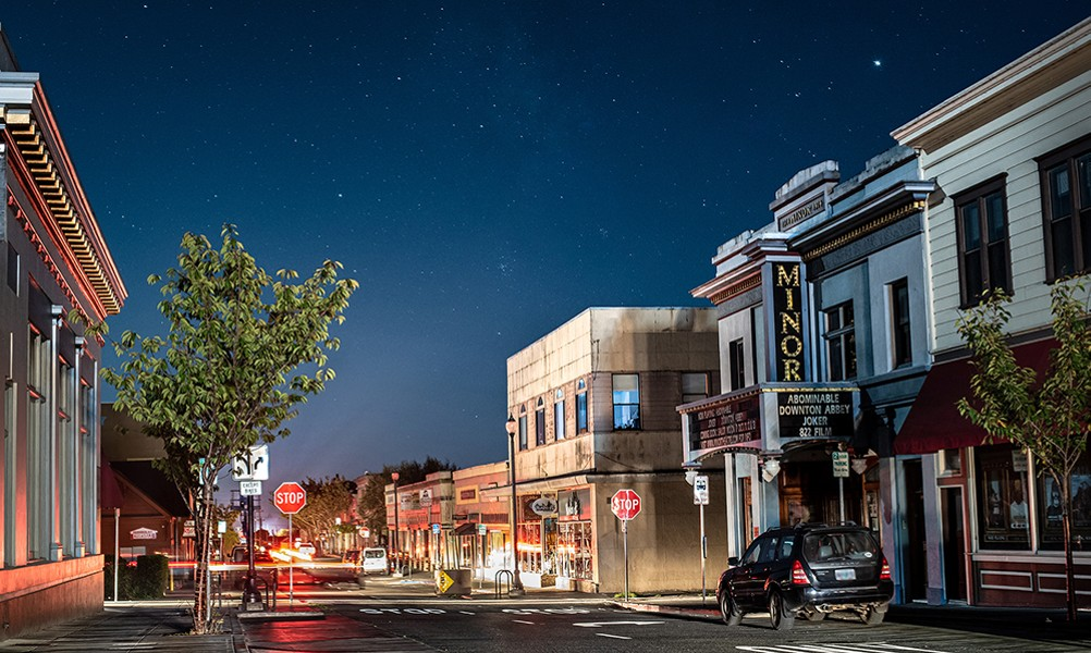 Downtown Arcata, California under blackout. California blackouts and electric vehicles. How is THAT going to go?