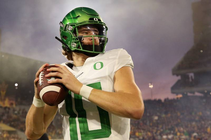 Some scouts believe Oregon quarterback Justin Herbert should be higher in Gildshire's predictions for the NFL Draft