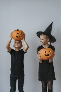 How to have Halloween at Home for your Children